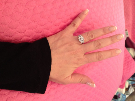 jeanie buss tweets huge rock, engagement ring from phil jackson - san francisco pop culture